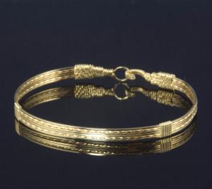 Gold Strands Bangle