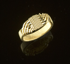 Interlacing Wire Ring